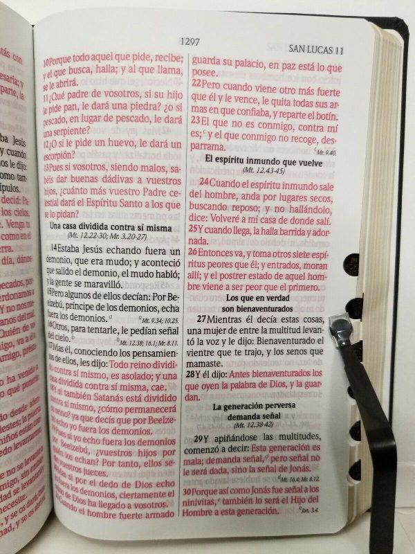 Santa Biblia RVR 1960 Tamaño Manual Color Negro con Índice Máxima Concordancia c