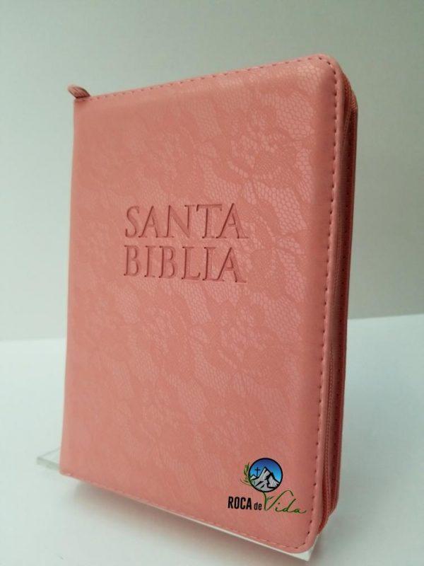 Biblia RVR 1960 Tamaño Compacto Encaje Color Salmón con Índice y Cierre