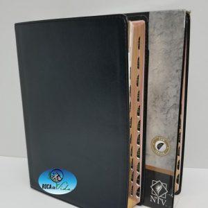 Biblia Edición Clásica Letra Gigante NTV Negro con Índice